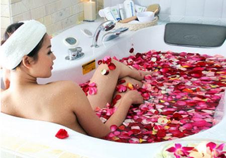 Bồn tắm massage Euroking có nhiều tác dụng tốt cho sức khỏe